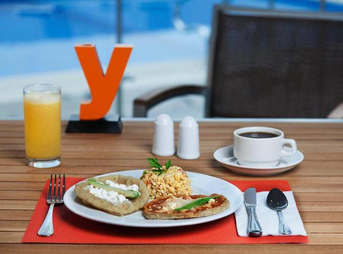 Special discount on food and drinks! yes inn nuevo veracruz hotel
